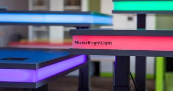 escritorio inteligente- MisterBrightLight- control de gestos- escritorio