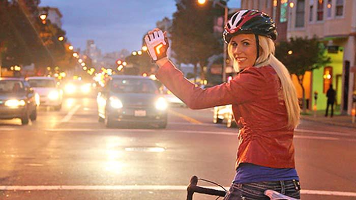 Guantes-LED-Zackees- iluminación- luz- bicicleta- ciclista