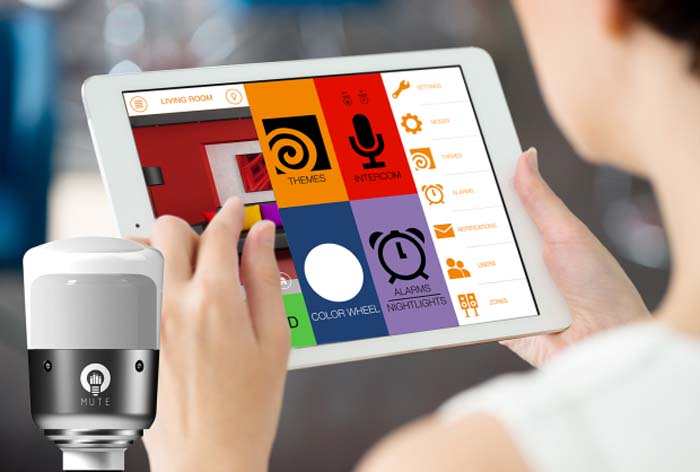LightFreq Square2- bombilla- smart home- altavoz-iluminación-luz