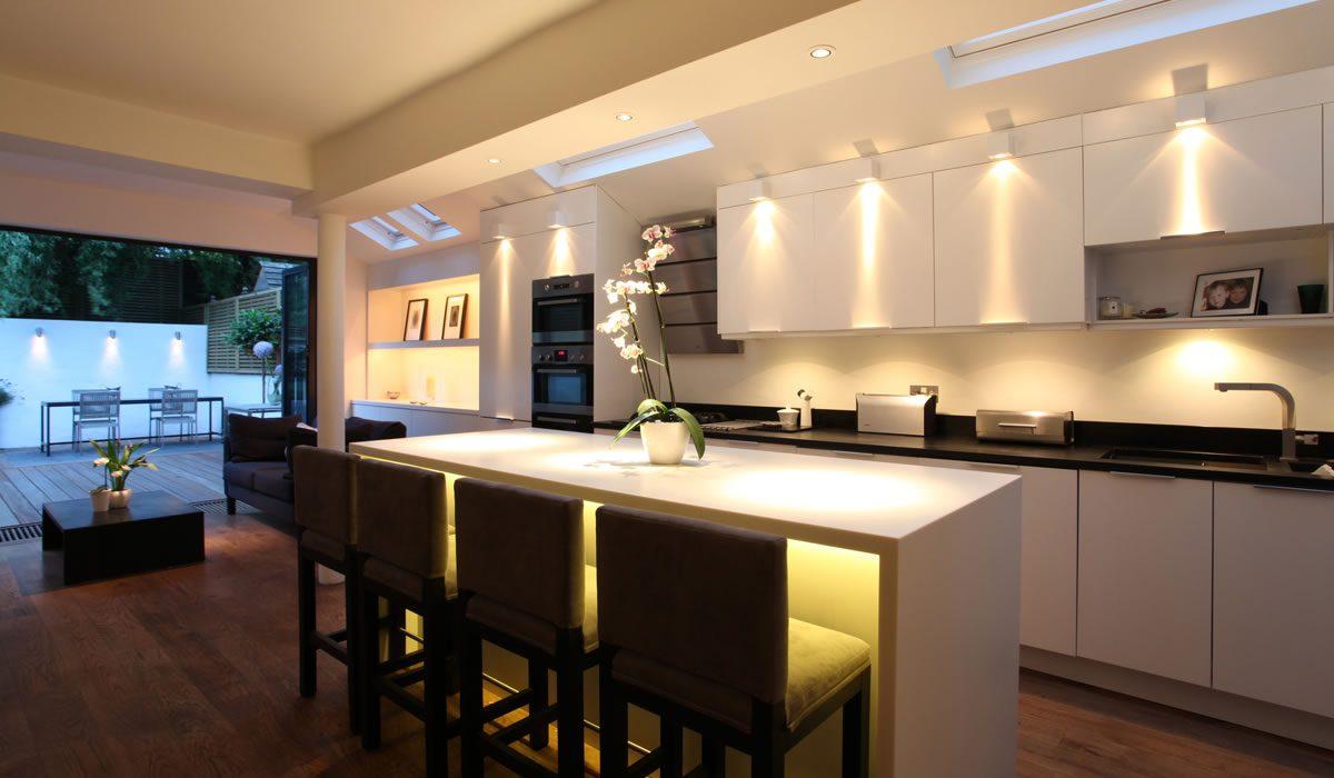 8 formas de iluminar bien tu hogar - Smart Lighting Home