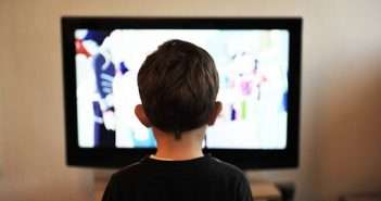 niños, televisión