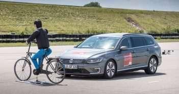 Bosch, ciclistas, Mapfre, seguridad vial