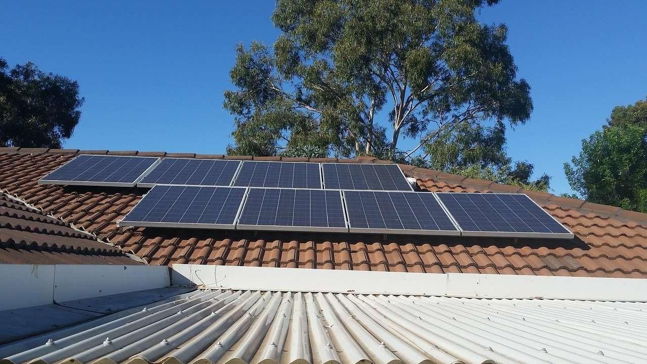 paneles fotovoltaicos, UNEF, solar, panel solar
