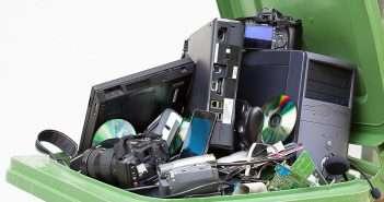 RAAE, Fundación Recyclia, reciclaje, aparatos electrónicos, RAAEs